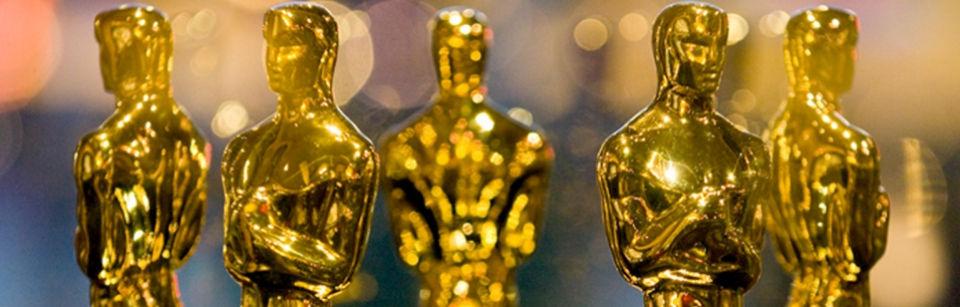 Oscars statuettes.jpg